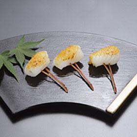 かね徳)いか雲丹かんざし 28串(冷凍食品 一品 惣菜 お通し 割烹 料亭 いか イカ 烏賊 食材 魚介 シーフード)