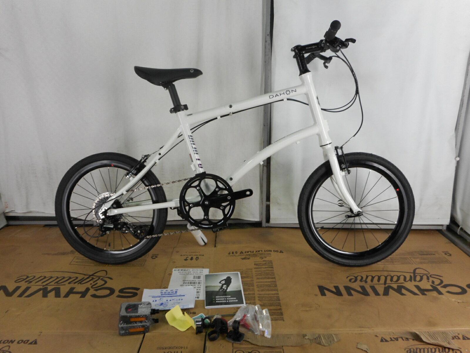 【整備済】『30%OFF』アウトレット2019DAHON(ダホン)DASH P8 FROSTY WHITE 折りたたみ自転車 在庫限り