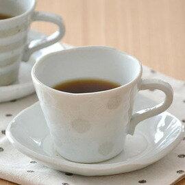 カップ&ソーサー 手造り(ゆき水玉) 手造りのため一つ一つ状態が異なる和食器です。 和食器/カップ&ソーサー/手作り食器/コーヒーカップ/和風コーヒーカップ