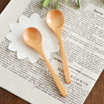 口当たりの良いなめらかな仕上がりの木製スプーン(ハンドメイド)ナチュラル/カトラリー/ティースプーン/こども食器/スプーン/カフェ風/おしゃれ/カフェ食器