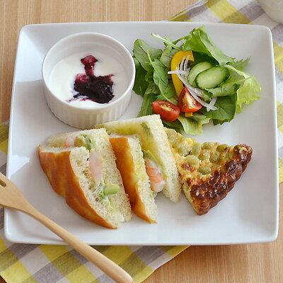 角皿 NEW ホテルスクエアディッシュ (25cm) (アウトレット込み)白 角皿/カフェ食器/プレート/正角皿/白いお皿/おしゃれ食器/ディナー皿/白い食器/ポーセリンアート