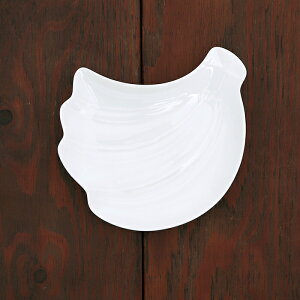 フルーツ皿 バナナ 16.5cm 中皿 プレート お皿 ケーキ皿 取り皿 こども食器 食器 おしゃれ 洋食器 かわいい