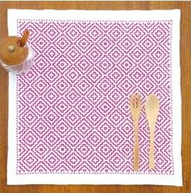 【10/30(金)限定クーポン配布中】.オリムパス 刺し子 キット 一目刺しの花ふきん 柿の花 SK-295 刺しゅう 伝統的 刺繍 技法