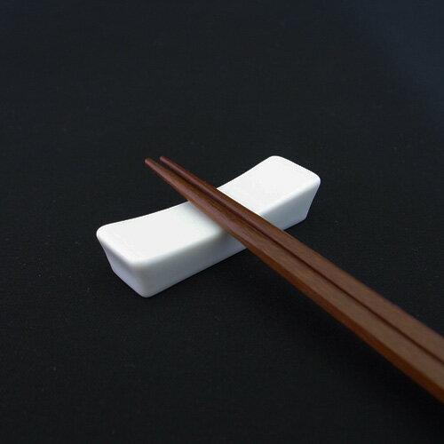 シンプル長角箸置き(アウトレット含む)【日本製 磁器】【はしおき 白 安定 カトラリーレスト 白磁 箸置き 陶器 長方形 おしゃれ】