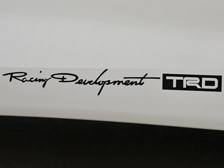 【TRD】 TRDステッカー(ブラック・小) 品番:08231-SP172
