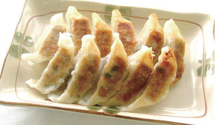 【冷凍】【秋川牧園の冷凍食品】黒豚餃子 15 個入(未調理)
