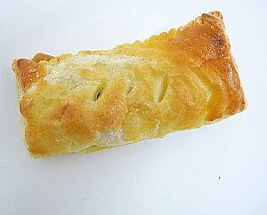 【デニッシュハウス】 レーズンクリームパイ 1個※夏季は賞味期限が2日間になります。