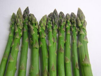 100 g of special cultivation green asparaguses