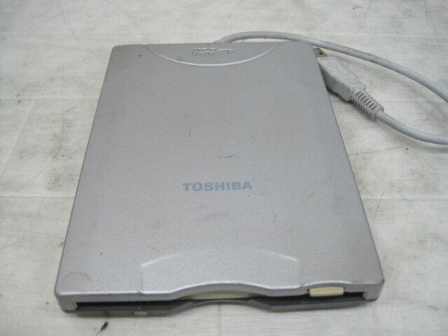 【メール便のみ送料無料】【USED】TOSHIBA 東芝製外付け USB外付けフロッピーディスクドライブFDD PA2680U/USB接続Wind Me/98/2000/XP/Vista/7/Mac OS対応【FS_708-7】【RT】