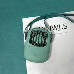 2020最新版ミニ扇風機軽量ミニUSB充電式首掛け携帯扇風機手持ち型卓上型扇風機