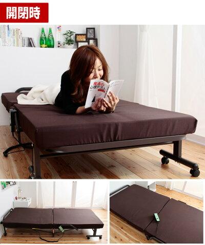 適度な厚みのマットレスで快適!電動リクライニングベッド