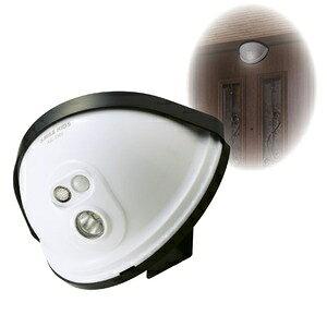 その他 LEDセンサーライト/玄関灯 【ドア設置用】 乾電池式 防水性 ds-1645161
