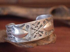 Vintage Indian Jewelry 卍&サンダーバード Stamped コインシルバー バングル(Fred Harvey era)