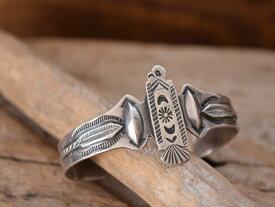 Vintage Indian Jewelry サンダーバード &スピアーズ patched シルバー バングル(Fred Harvey era)