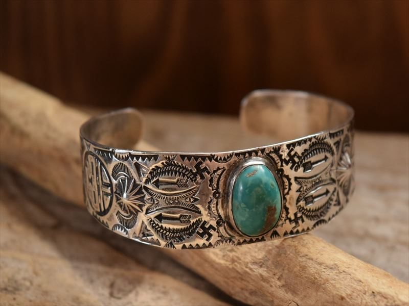Vintage Indian jewelry ガーデンオブゴッズ(Garden of Gods) Stamped インゴットバングル