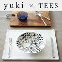 yuki×TEES FACTORY リバーシブル ランチョンマット「fit」【送料無料 おしゃれ 日本製 撥水 レザー 北欧 雑貨 ランチマット ホワイト …