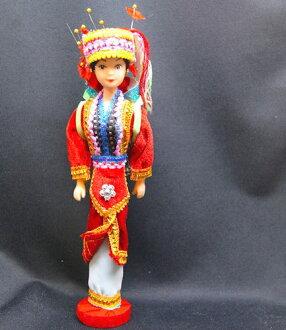 """中国少数民族娃娃""""阿奇诗歌马。"""