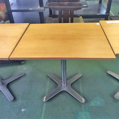 【中古】茶テーブル シルバー1本脚 幅700×奥行800×高さ700 【送料別途見積】【業務用】