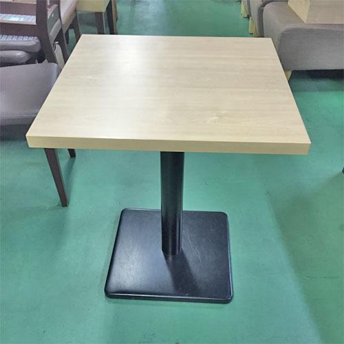 【中古】白木テーブル 幅600×奥行600×高さ700 【送料別途見積】【業務用】