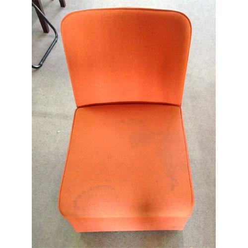 【中古】1人用ソファー 座面オレンジ 背もたれ付き 幅450×奥行540×高さ700 【送料無料】【業務用】