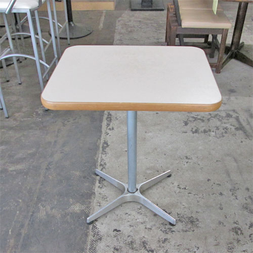 【中古】テーブル 天板白メラミン 幅500×奥行600×高さ700 【送料別途見積】【業務用】