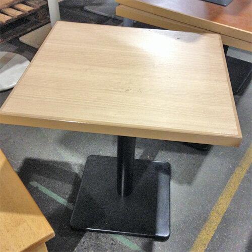 【中古】テーブル(ナチュラル) 幅600×奥行650×高さ700 【送料別途見積】【業務用】