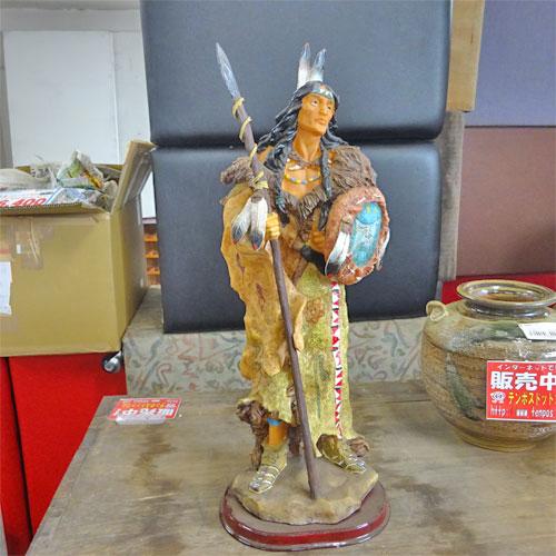 【中古】人形(カウボーイ/インディアン) 幅170×奥行120×高さ450 【送料別途見積】【業務用】