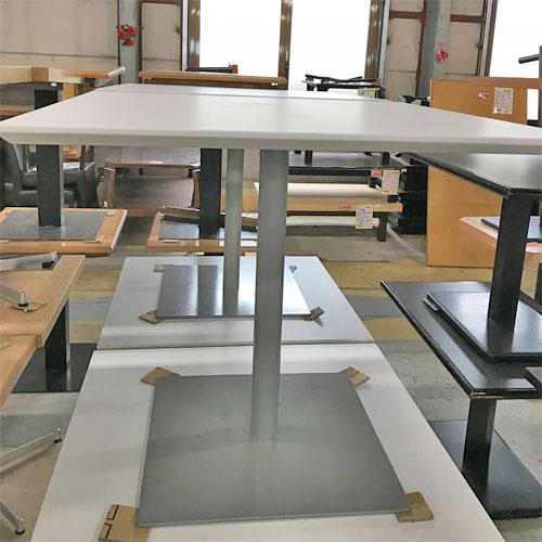 【中古】テーブル天板白脚シルバー 幅800×奥行800×高さ710 【送料別途見積】【業務用】