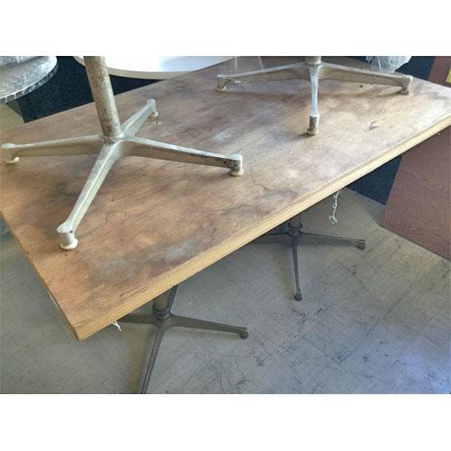 【中古】テーブル 木 幅1300×奥行800×高さ700~715 【送料別途見積】【業務用】