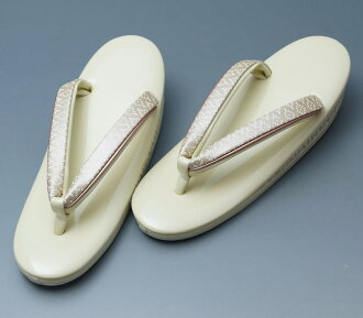 Flower-shaped rhombus crest design shammy compounding skin three pieces core made in sandals small size (1) cream Japan ★