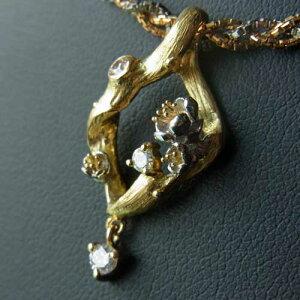 【送料無料】アールヌーボーの雰囲気が漂うK18,WGK18と小粒のダイヤのペンダントトップ
