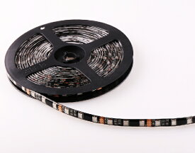 防水高輝度 グリーン 3chip 5050SMD LEDテープライト5m/300連 黒ベース 連結式 正面発光両面テープ、ケーブル付属で簡単取り付け!