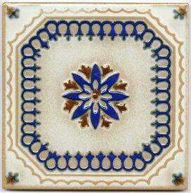 アンティーク デザインタイル 150角花 イスラム風(昭和レトロ)な磁器絵タイルです。 壁、床(キッチン カウンター・テーブル・浴室)のDIYリフォーム、 プランター作成にお勧めです。コースター、鍋敷き等、インテリア雑貨としてもOK