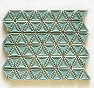 三角モザイクタイル シート販売 コバルトブルー。内装壁のDIYに(72粒)おしゃれなデザイン、かわいい色と模様 円形 花模様 レトロモダン風。キッチン・玄関・テーブル・洗面所のリフ