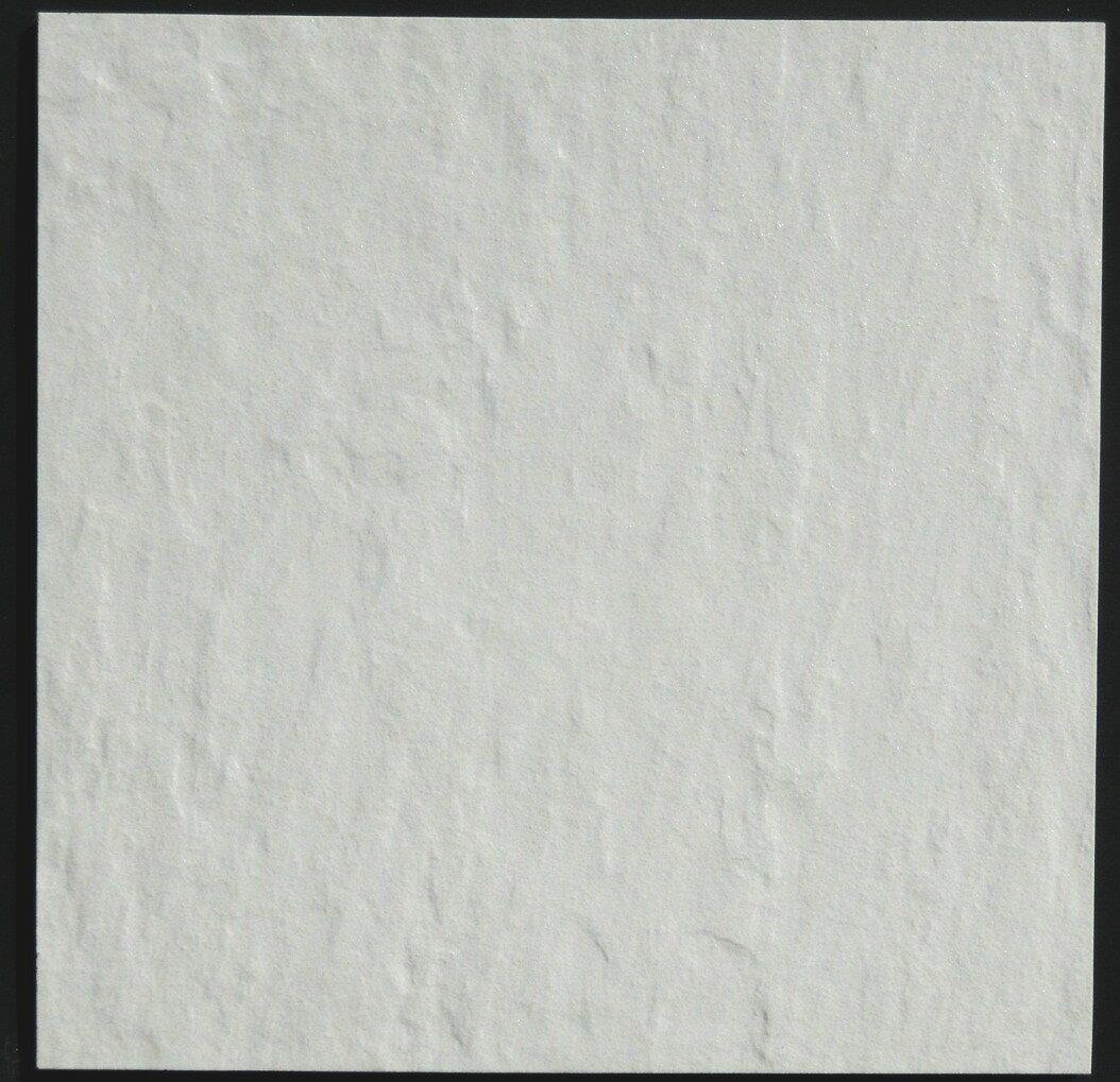 タイル 磁器質 300角 外床・壁用 ファインスレート 白。玄関・ベランダ等のDIY、お庭の敷石に。土間・ポーチ・テラス・リビング等の床や、浴室・お風呂の壁などにお勧めのタイルです。修繕・補修や雑草除けにもOK。和風・洋風の壁・床建材として、お値打ちです