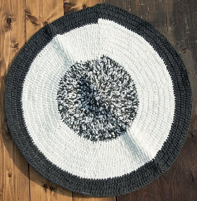 インドのコットン手織りラグマット まる型【ランダムパターン】 / レビューでタイカレープレゼント あす楽