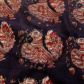 〔1m切り売り〕伝統息づくインドから 昔ながらの木版染めピーコック柄布〔112cm〕 ブラック系 / ウッドブロック ボタニカル 唐草模様 量り売り布 アジアン コットン布 ファブリック エスニック