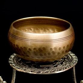 槌目付きティッカシンギングボウル 約10.5cm (スティック付属) / Singingbowl シンギングボール ネパール 楽器 打楽器 仏教 瞑想 民族楽器 インド楽器 エスニック楽器 ヒーリング楽器