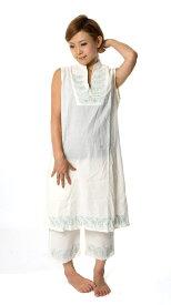 ペイズリー刺繍のルームウェア 【オフホワイト】 | 【送料無料】 コットン パジャマ ショートパンツ アジア アジアン レディース エスニック 衣料 服 ファッション インド