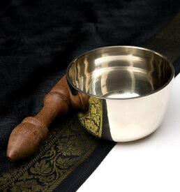 高音質シンプルシンギングボウル 8.1cm / シンギングボール Singing Bowl 仏教 楽器 瞑想 民族楽器 インド楽器 エスニック楽器 ヒーリング楽器