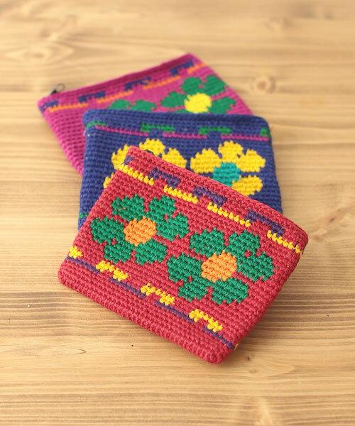 ハナサイフ gua100309 /チチカカ公式 TITICACA 花柄 綿 コットン cotton ニット かぎ針編み ポーチ カラフル 中南米 グアテマラ