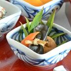 【砥部焼梅山窯】流れ菊の四方鉢(3寸)