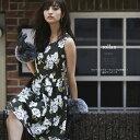 【rollan ローラン】New at Tocco Closet(トッコクローゼット)カタログ 堀田茜さんはカーキを着用