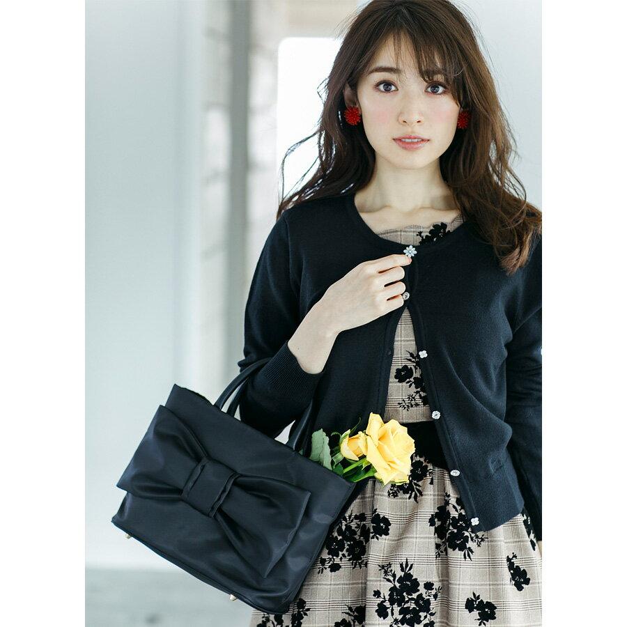 【mini_tote ミニトートバッグ】tocco closet(トッコクローゼット) Collection泉里香さんはブラックを使用岸本セシルさんはグレーを使用