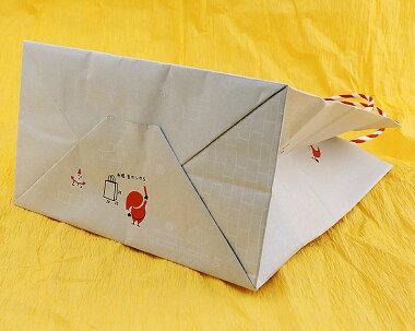 クリスマスプレゼントに最適!クリスマス用ラッピング包装(カラーはお任せ)+サンタをプリントしたカラーポリ袋(赤)ご注文商品と一緒にお買い物カゴへお入れ下さい。商品1点につき1袋まで購入可能!ChristmasXmasX'masギフトプレゼントに【楽ギフ_包装】