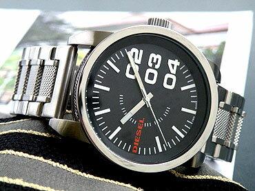 ディーゼルDZ1370シルバー×ブラック人気イタリアブランド【DIESEL】シンプルかつカッコいいデザイン!ファッショナブルウォッチメンズ腕時計【楽ギフ_包装】