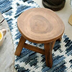 『切り株スツール』色形一点一点異なります。お任せ発送です!●●ロータイプ スツール 木製 おしゃれ かわいい 低め ウッドスツール 切株 玄関 踏み台 靴を履く 椅子 腰掛 花台 ディスプ