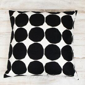 【2021年春夏新作】 マリメッコ marimekko クッションカバー Pienet Kivet cushion cover 50x50cm ピエネット キヴェットクッションカバー (190 ホワイト×ブラック) 061009 190 北欧 フィンランド [2021SS]