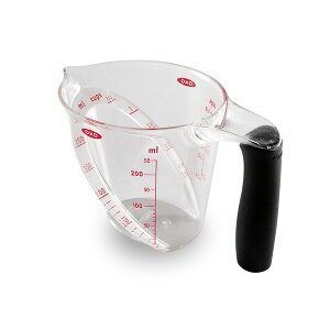 ● OXO オクソー アングルドメジャーカップ(小) 計量カップ 1カップ (日本仕様目盛り) 1115080 (動画有) 【耐熱 米 250ml 電子レンジ 食洗器対応 カップ キッチン おしゃれ インスタ映え 人気 ギ