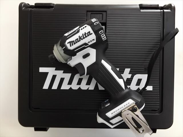 マキタ 14.4V 充電式インパクトドライバ TD160D 【本体+ケース】 白  ※充電器、バッテリーは別売です。